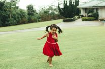 Running in the rain // Kauai Family Portrait Photography