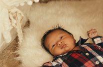 Resting baby, Kauai Family Portrait Photographer // Kauai Hawaii